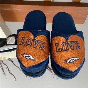Women's Broncos Size S 5-6 Slippers